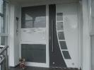Alu Tür mit Klingelanlage